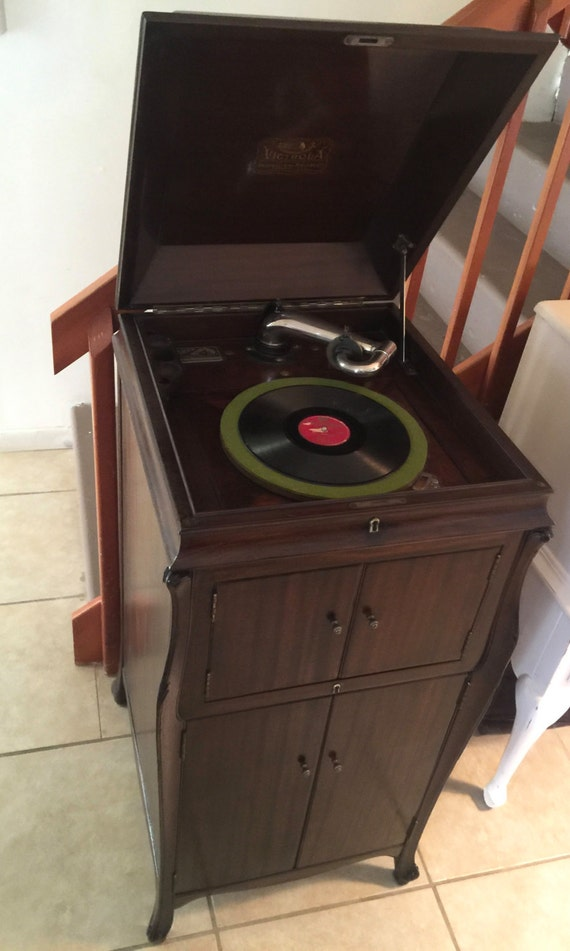 1921 Victor Talking Machine Victrola Phonograph
