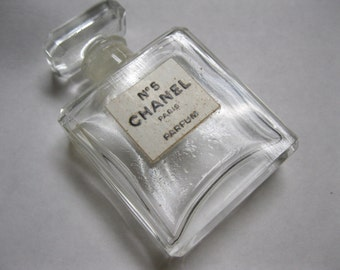 Chanel No 5 Paris Parfum Made in France Vintage .25 fl. oz Sm. Glass Bottle Great Supply to Use Display Craft Project Gift Idea Collectible