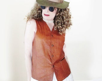 Leather Vest for Women - Vintage 70s Fitted Leather Vest - 38