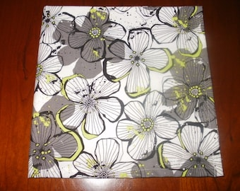 4 Floral Cloth Napkins...Stitched Hems not Serged...17 inches...FREE SHIPPING