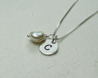 Personalized Necklace Bridesmaid Necklace Initial Necklace Sterling Silver Monogram Bridesmaid Gift Keshi Pearl Necklace Bridesmaid Jewelry