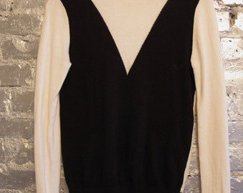 Black and White Geometric Sweater S
