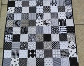 Unisex baby quilt in black and white, baby shower present, baby birthday present, Christmas present READY TO SHIP