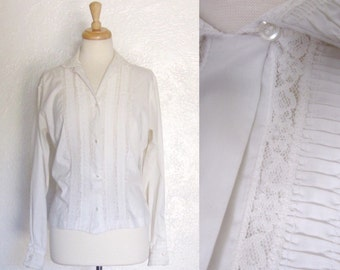 FREE SHIPPING//Vintage cotton ivory off white long sleeve lace blouse