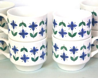 Set of Twelve Vintage Roselle Midwinter Cups & Sugar Bowl by Staffordshire Potteries of England