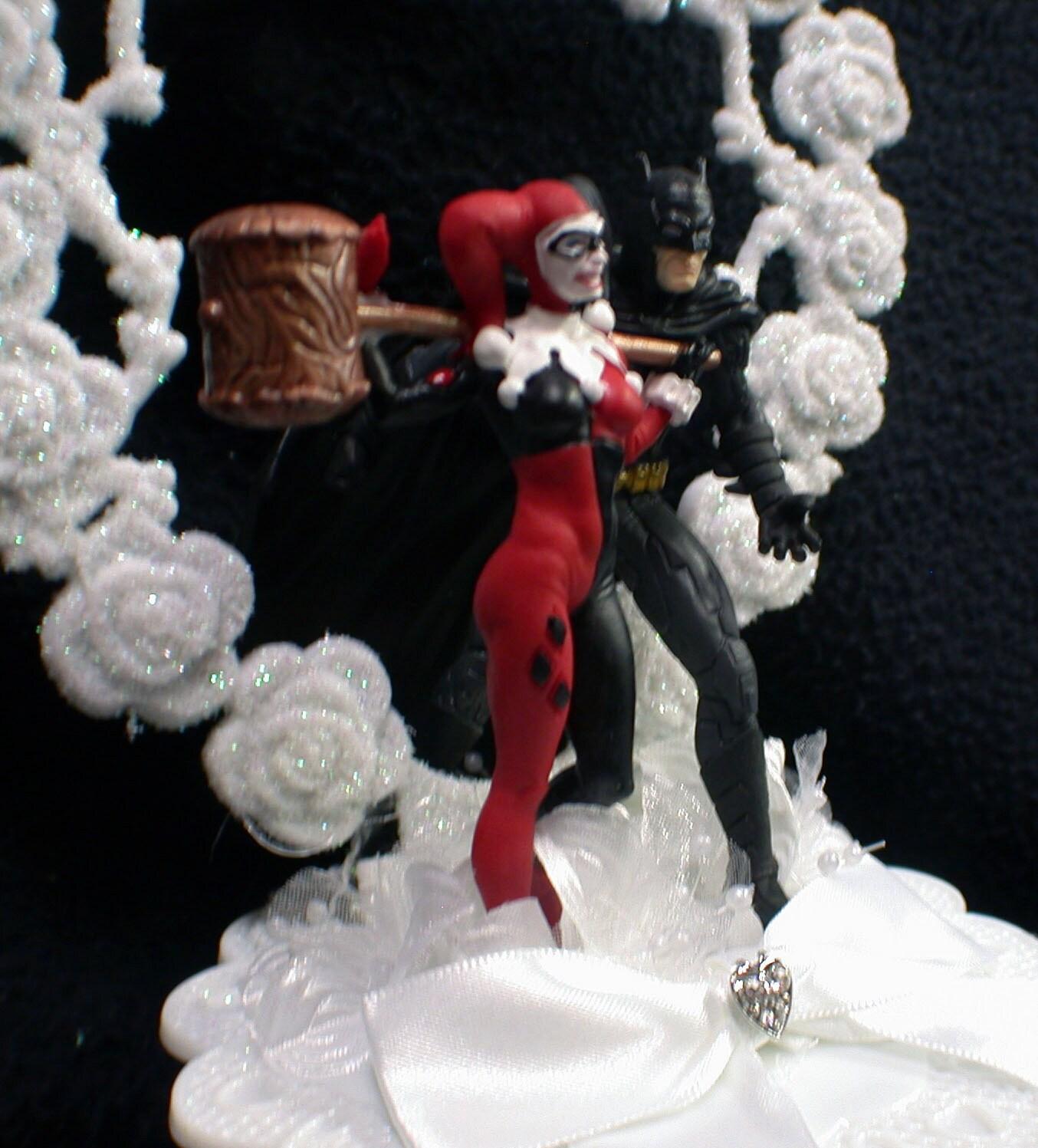 Batman & Harley Quinn DC Comic Wedding Cake By YourCakeTopper