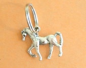 The SILVER HORSE Keychain..retro. stables. farm animals. horse lover. rider. stallion. handmade. unique. farm. silver. metal. gift. stallion