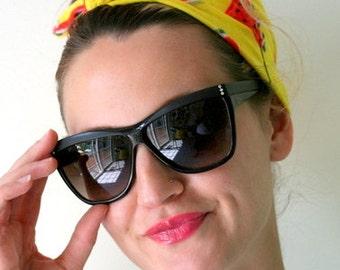 1980s HIPSTER Wayfarer Sunglasses..retro. colorful shades. urban. hipster. wayfarers. shades. hipster. indie. stripes. black shades. boho.