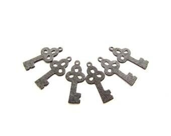 6 Arte Metal Embossed Key Charms Vintaj Arte Metal