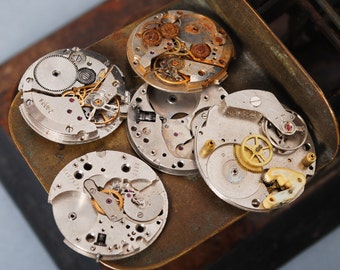 Lot of 5 Vintage watch movement, watch parts.