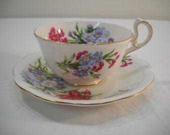 Royal Standard Bone China England Princess Louise Teacup & Saucer Floral