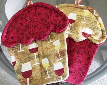 Handmade Wine themed Cupcake oven mitts with burgundy, tan with wine glasses material pot holders