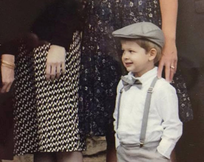 Cotton Ring Bearer Outfit; 4 Piece Set, Ring Bearer Bow Tie, Ring Bearer Suspenders, Newsboy Hat and SHORTS. Wedding Outfit for Ringbearer