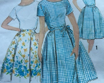 Vintage 1963 Simplicity Pattern 5260 Junior Blouse and Wrap Around Skirt Simple To Sew Vintage Size 13 Junior Bust 33 Waist 25 1/2 1963