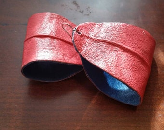 Leather earrings, two toned. (smaller size)