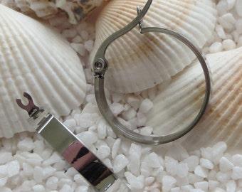 Stainless Steel Hoop Earrings - 20mm Round - High Polish - 1 pair