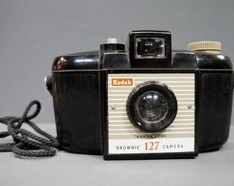 Vintage 1950s Kodak Brownie 127 Camera