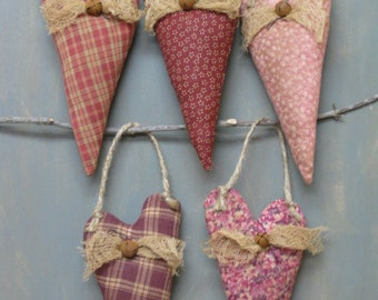 Valentine Primitive Hanging Hearts - Anniversary - Wedding - Valentine's Day - Fabric Grungy Hearts on Jute - Set of 5 - Country Home Decor