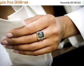 Labradorite ring,grey ring,blue flash ring,positive ring,chakra ring,energy ring,square ring,sterling silver ring