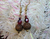 five dollar earrings, five dollar gifts, carved wood beads, wood earrings, Montana, antique beads, red glass, Czech glass beads, jewellery