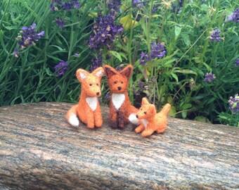 Felted fox, felt fox, fox family, felted fox miniature, fox miniature, cake topper, natural wool toys, felt animal
