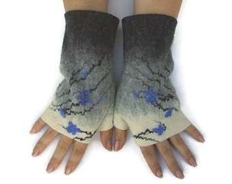 Felted Fingerless Gloves Fingerless Mittens Arm warmers Wristlets Merino Wool Gray White Blue