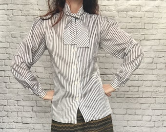 Vintage 80s Pinstriped High Bow Collar Blouse L White Blue Black Puff Sleeves