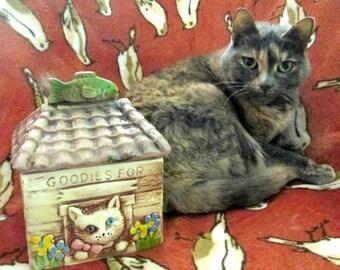 Ceramic Cat Kitty Cookie Jar // Goodies for Kitten