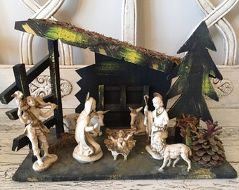 Vintage Nativity Set  - Small Kitschy Manger with White and Gold Figurines