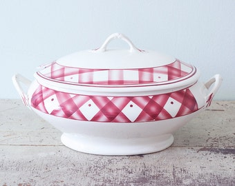 The Most Lovely Tureen Ever - BOCH Frères La Louvière Made in Belgium - Raspberry Pink Plaid