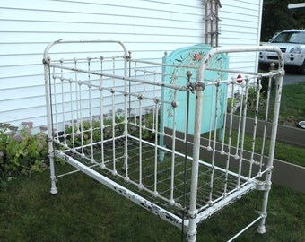 Antique Wrought Iron Baby Bed Crib- Carlisle Gettysburg- Hospital Bed- Slide Down Rail