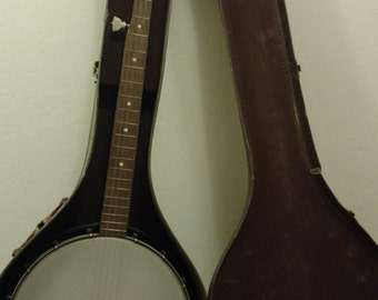 1960's Vintage Silverstone 5 string Banjo recently restrung/closed back/Original Chipboard Case