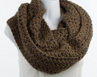 Chunky Crocheted Infinity Scarf - One of a Kind - Wheat, Taupe, Color - Trendy, Warm ~ K128-L1