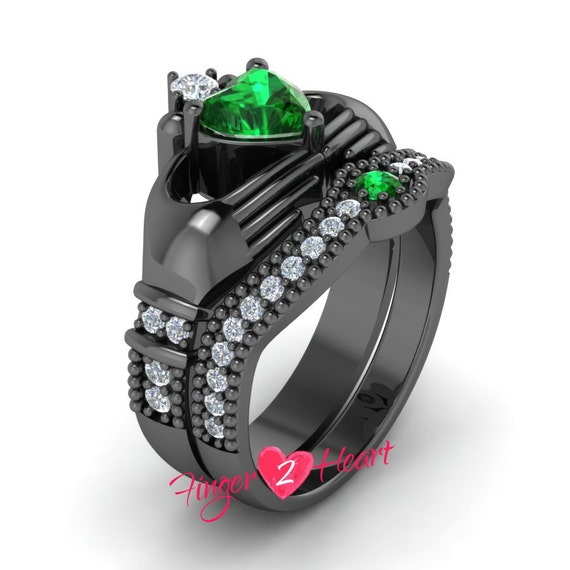unique claddagh engagement ring set 2 90 ct green by