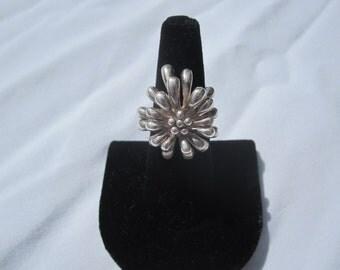 Large Sterling Fireworks Flower Ring