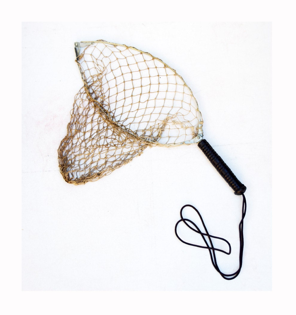 Vintage fishing net folding net with removable handle for Collapsible fishing net
