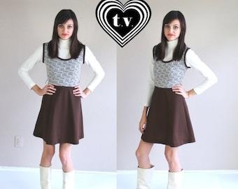Half Off vtg 60s brown Novelty HOUSES PRINT mod Mini DRESS babydoll xs twiggy go go chocolate scooter dolly retro