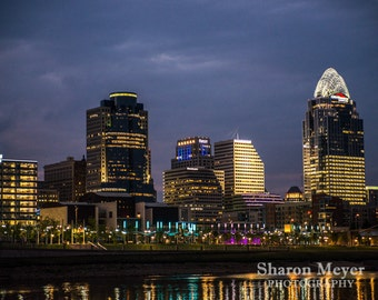 Cincinnati Skyline at Dusk - Fine Art Photo Print, Wall Decor, 8x10 Photograph, City of Cincinnati Print, Cincinnati Photo, Landscape