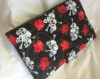 Handmade padfolio - Skulls and roses notepad holder - Black, red rose fabric with velcro closure - Lined notepad