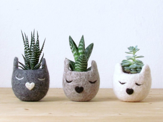 Succulent planter gift / Cat head planter / Personalized felt vase / cat lover gift / hostess gift - Set of three