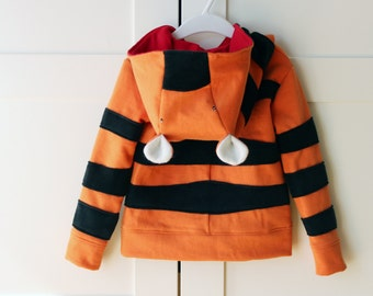 Kids' hooded tiger sweatshirt. Halloween costume. Sizes from 2 to 7 years. Made to order.