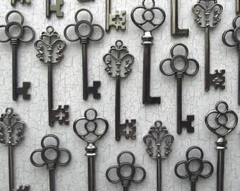 The Antero  Collection - Skeleton Key Assortment in Gunmetal Black -  Set of 18 Keys - Three Styles