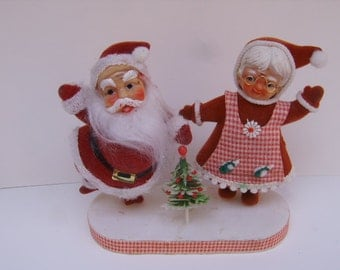 Vintage Santa Claus Mrs. Claus Plastsic Cloth Figurines