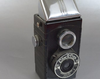 Awesome Vintage Clix O Flex Camera - Checkout all of our cool cameras