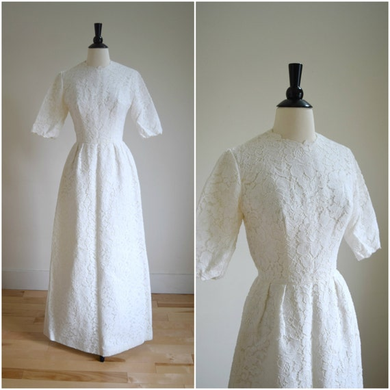 Vintage 70s short sleeve lace wedding gown bohemian wedding for Wedding dress sleeve attachments