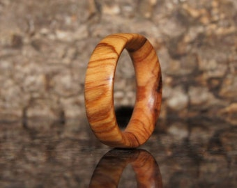 Olive Wood Ring Size 7
