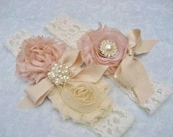 Wedding Garter Set Bridal Garter Set Toss Garter included Dusty Rose Ivory Lace Pink Garter