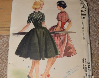McCalls 5147 - 1950s Dress Pattern SIZE 16