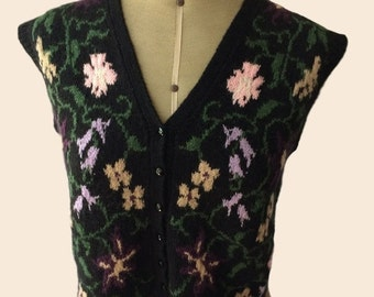 FINAL REDUCTION  Boho 1970s Knitted Vest