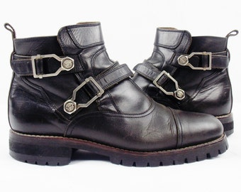 Vintage GIANNI VERSACE 90s Mens Leather Ankle Motorcycle  Boots With Straps and Medusa Head Size 39 9.5